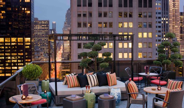 Peninsula rooftop terrace - New York