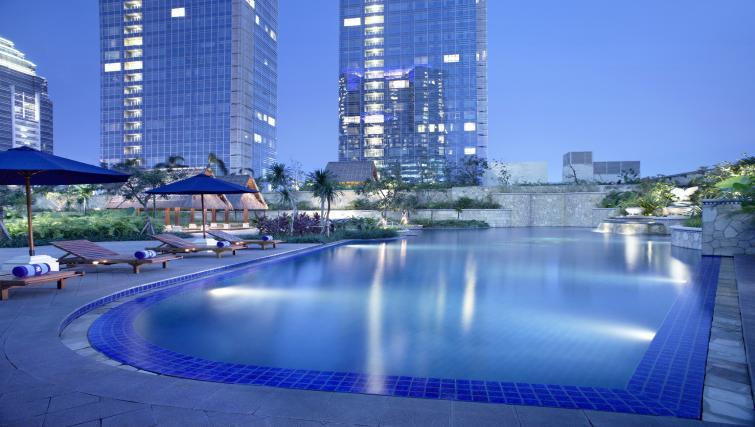 Swimming pool at The Ritz-Carlton Jakarta Apartments