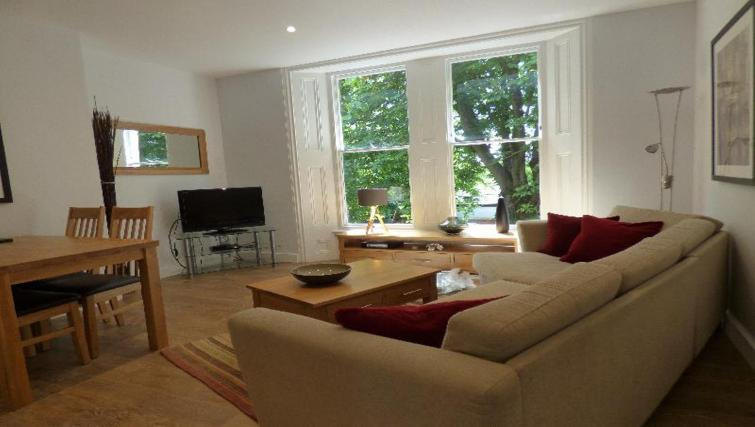 Spacious living area at Jubilee House Apartments