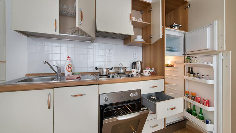 Equipped kitchen at Suite Home Prague
