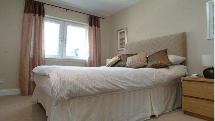Cosy bedroom in Wellgreen Gate