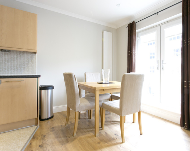 Dining area in Wellgreen Gate