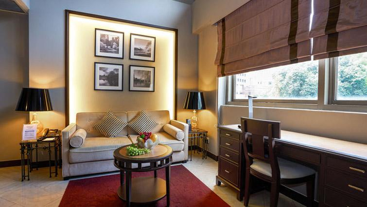 Living space at Orchard Park Suites, Singapore