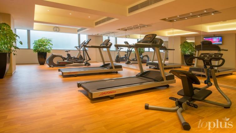 Fitness centre at Hennessy Apartments
