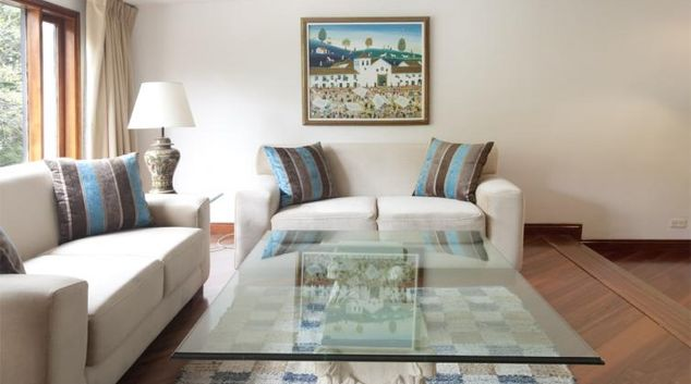 Living area at Ritzy Rosa Marble Apartment