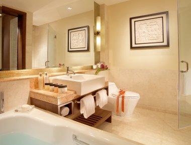luxury bathroom in Premier Cozmo Apartments