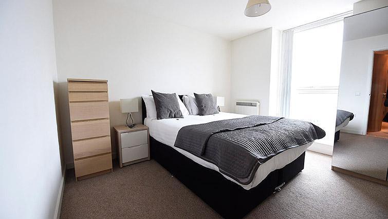 Bed at Dream Apartments Belfast Obel