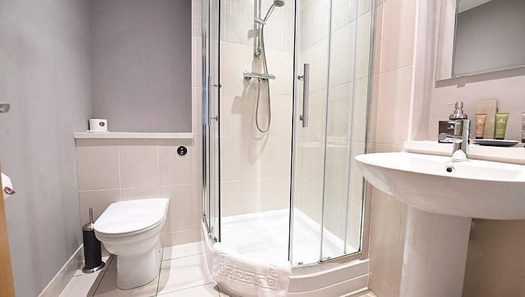 Shower room at Dream Apartments Belfast Obel