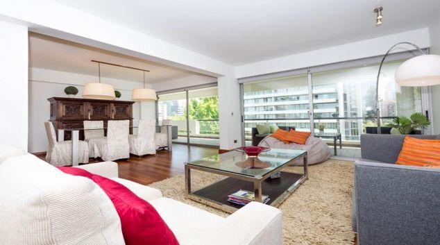Living area at El Golf Family Apartment, Las Condes, Santiago