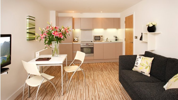 Large living area in SACO Holborn - Lamb's Conduit Street