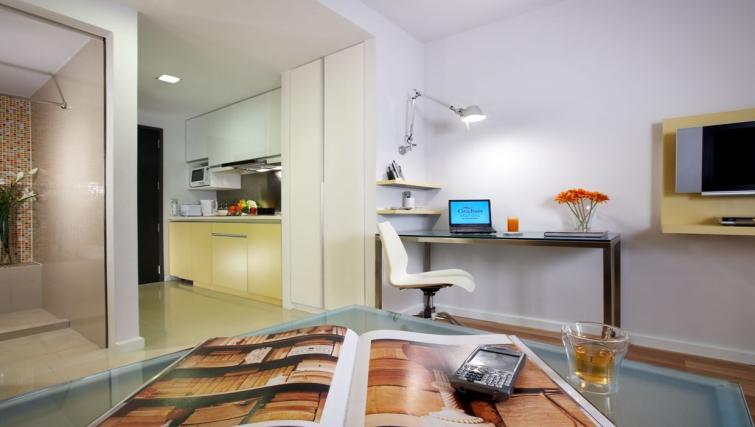 Studio at Citadines Sukhumvit 16 Apartments