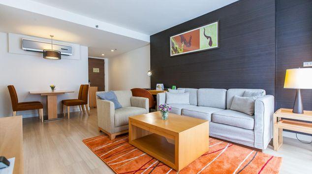 Living room at Oakwood Residence Sukhumvit 24 Bangkok