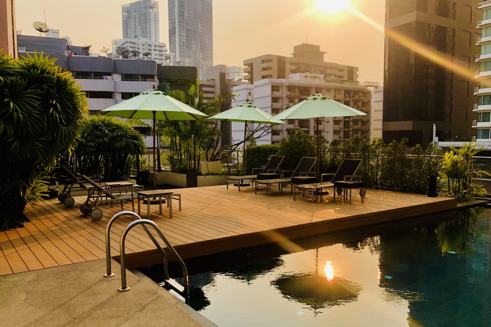 Pool at Oakwood Residence Sukhumvit 24 Bangkok