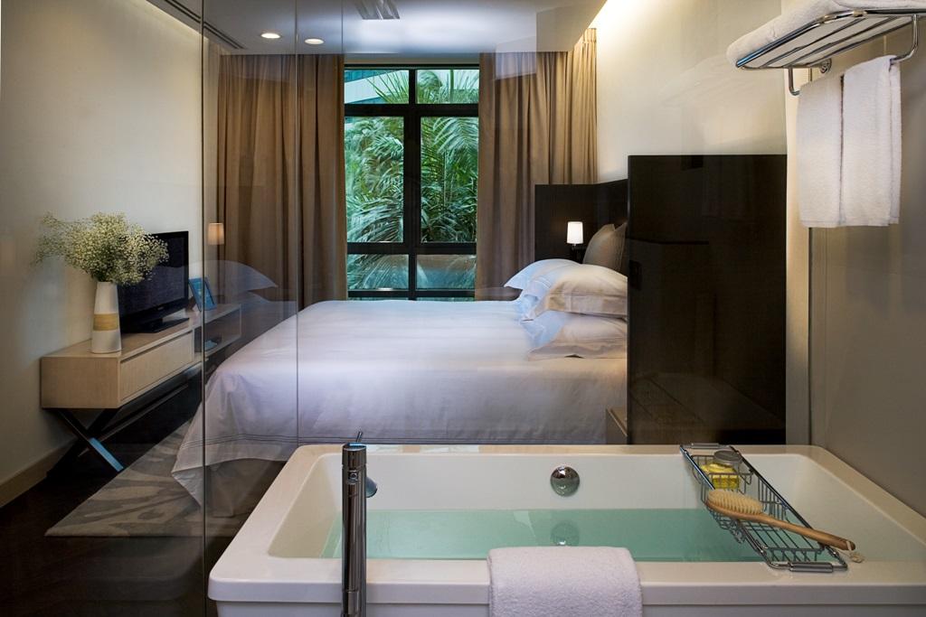 Bath at Fraser Suites Singapore