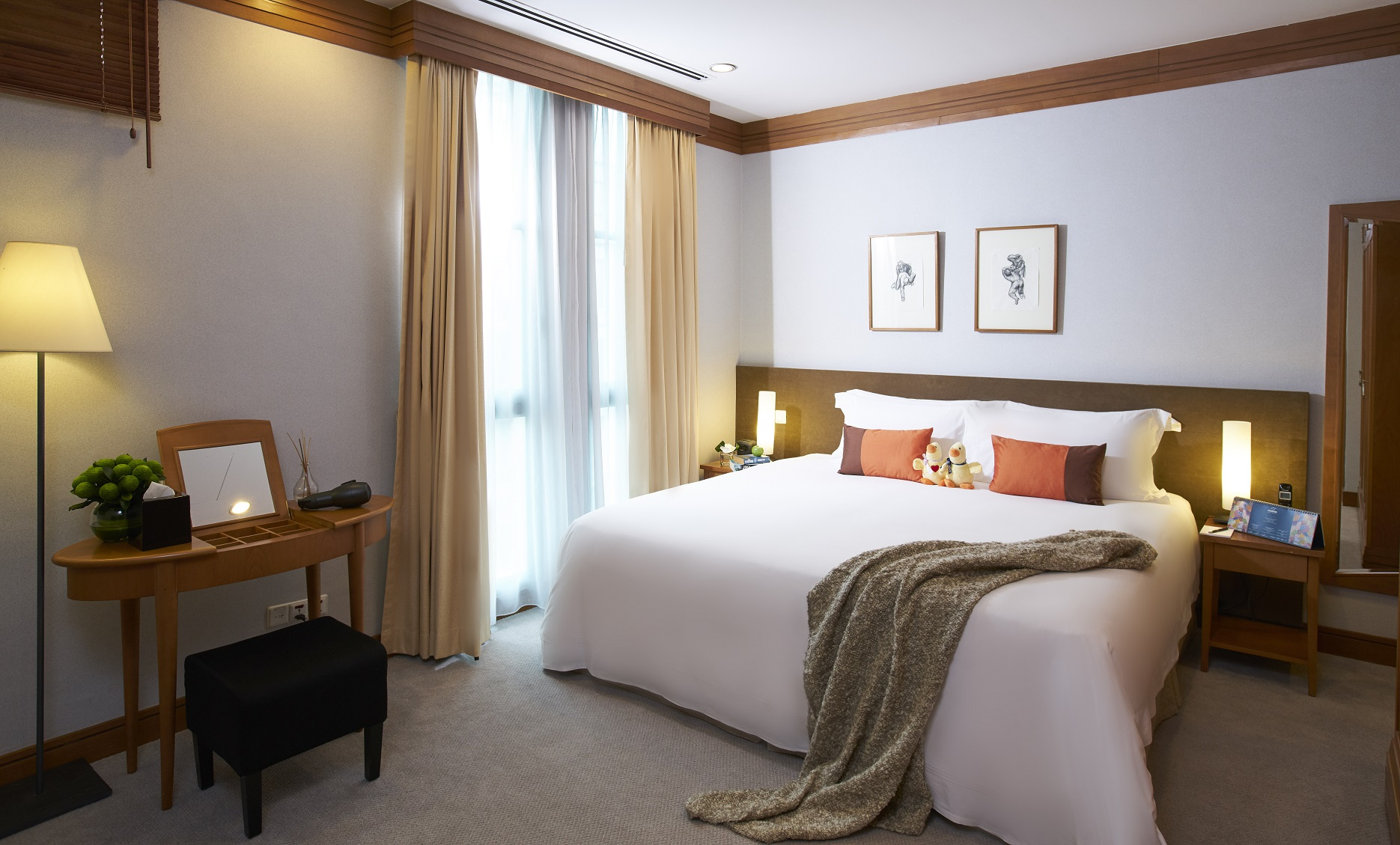 Stylish bedroom at Fraser Place Robertson Walk Singapore