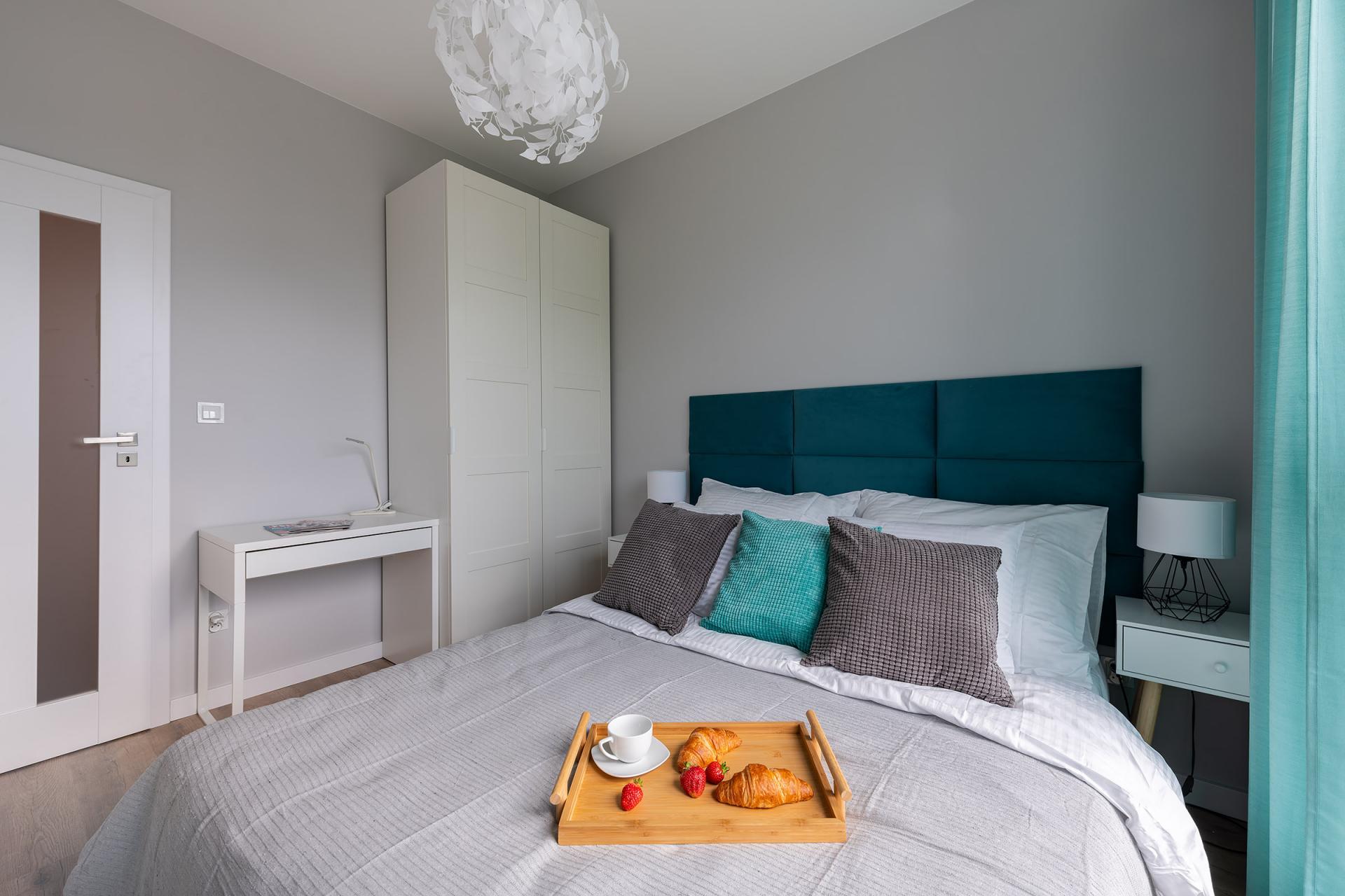 Comfortable bed at Cybernetyki 4 Apartment, Sluzewiec, Warsaw