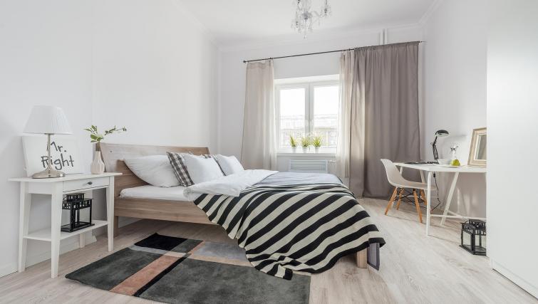 Bright bedroom at P&O Apartments Andersa