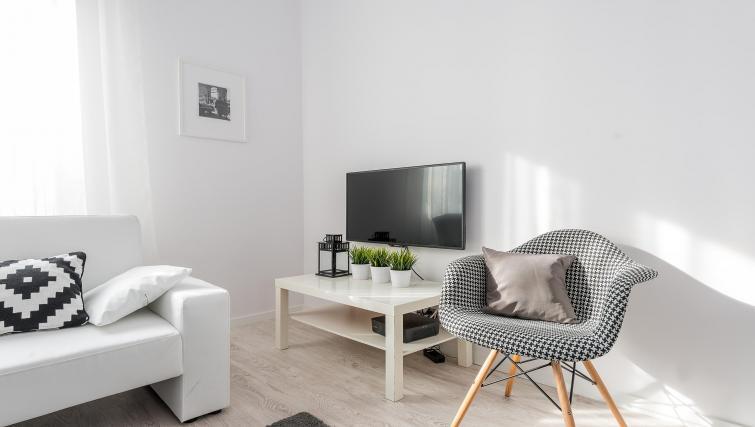 Television at P&O Apartments Andersa