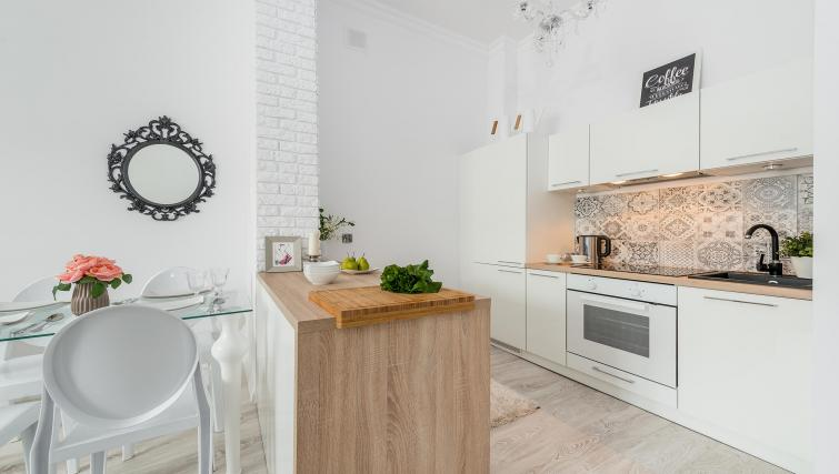 Fully equipped kitchen at P&O Apartments Andersa