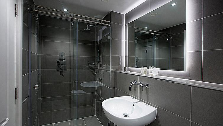 Bathroom at the Waterloo Street Apartments