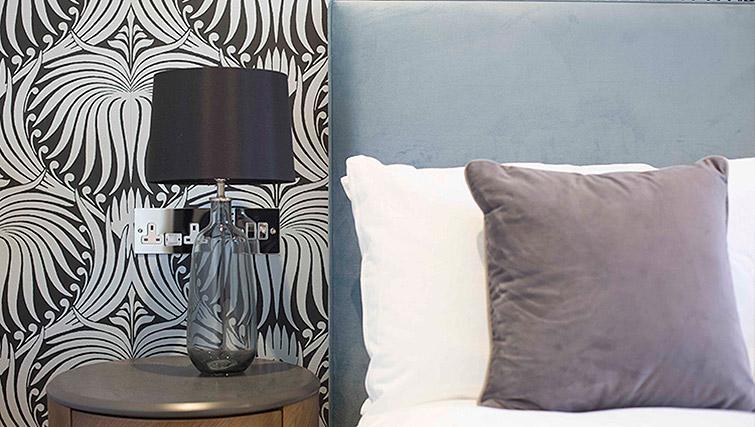 Lamp at the Waterloo Street Apartments