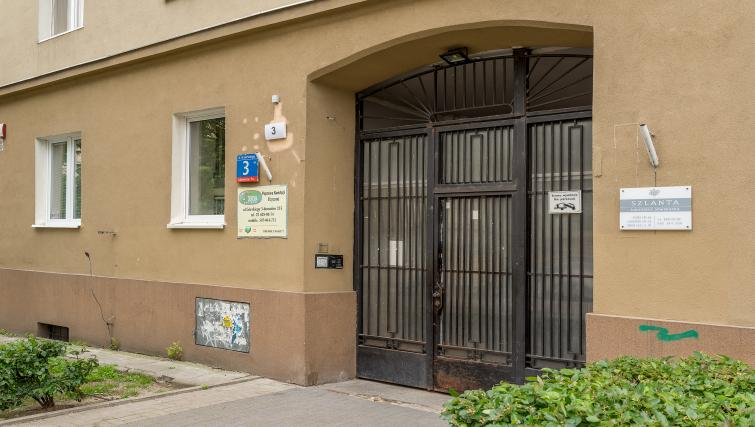 Entrance at Gorskiego Apartment, Centre, Warsaw