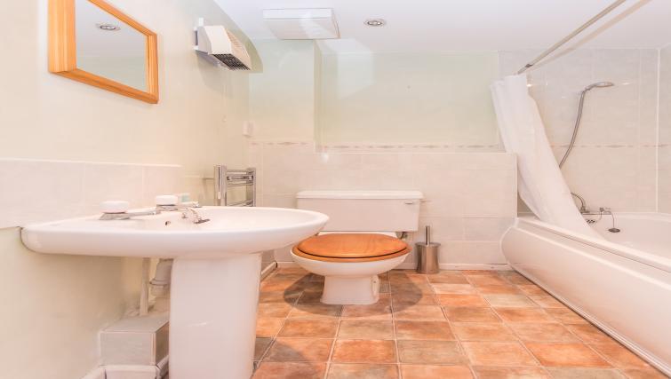 Bathroom at Atlantic Apartments
