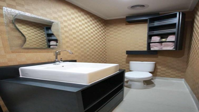 Sink at Harvia Suites