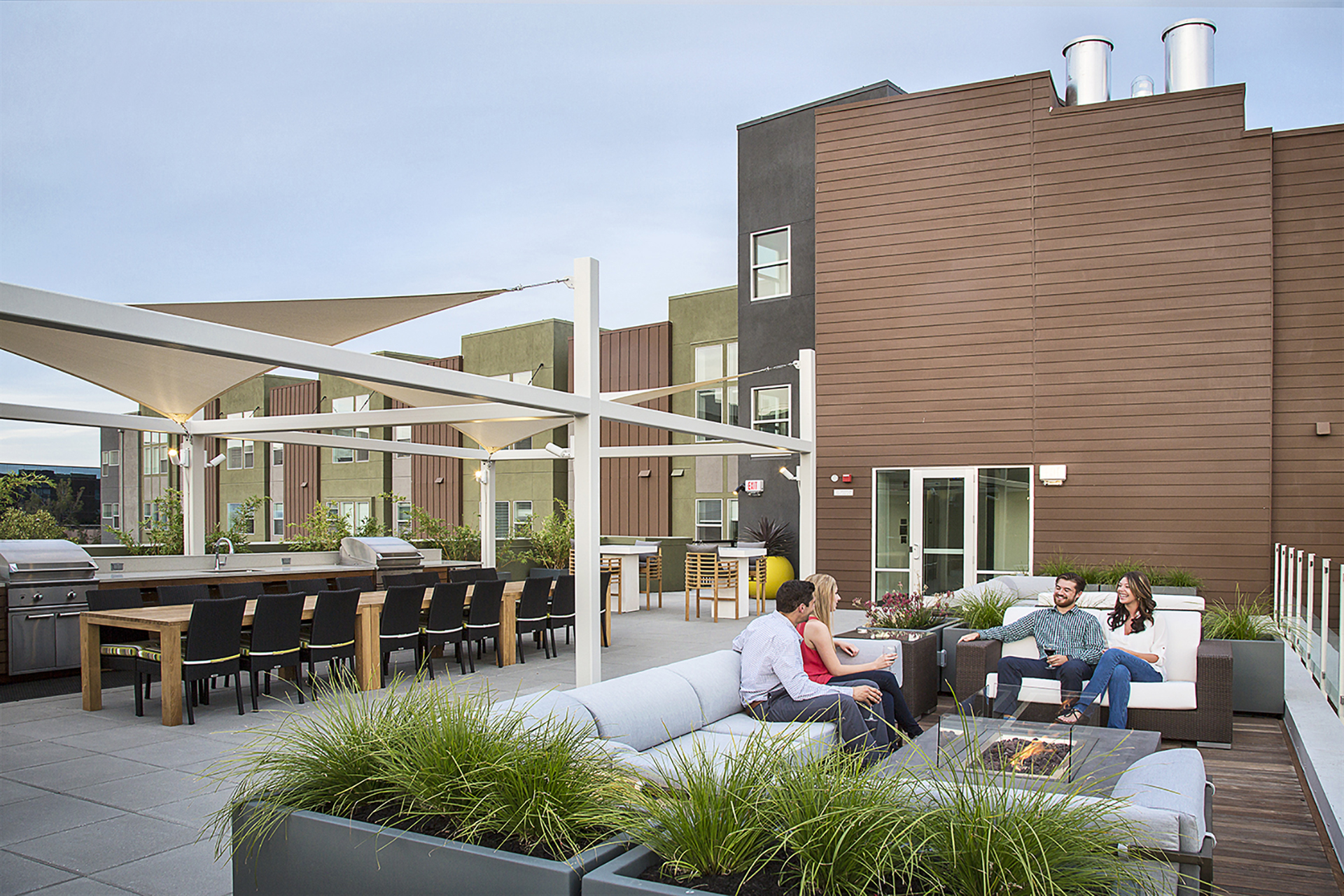 Outdoor terrace at Ave Walnut Creek Apartments