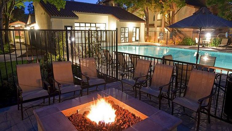Outdoor area at Avalon Mountain View Apartments
