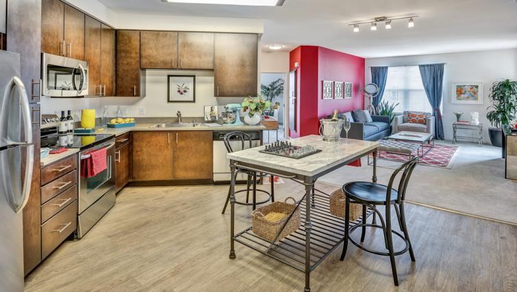 Epic Apartments, San Jose, SilverDoor Apartments