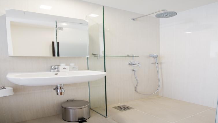 Bathroom at the Heritage Clarke Quay Apartment, Singapore