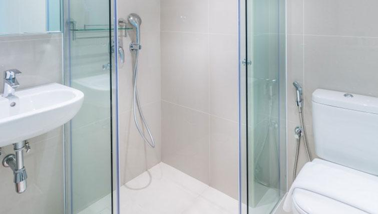 Shower at the Heritage South Bridge Apartments, Singapore