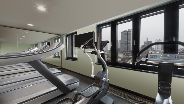 Fitness centre at the Adina Apartment Hotel Frankfurt Westend