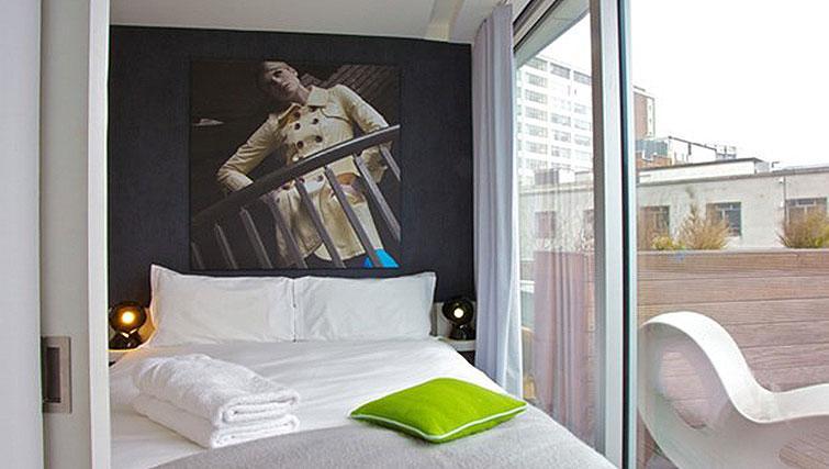 Cosy bedroom at Staying Cool at The Rotunda