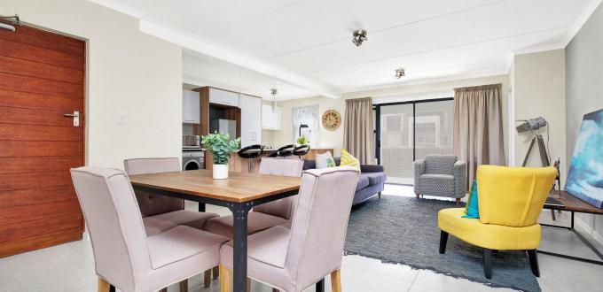 Quaint living area in ExecutiveTwelve Apartments