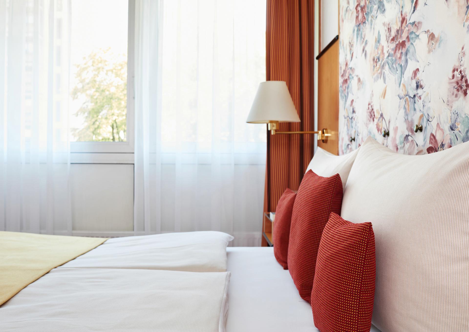 Bedroom at Living Hotel Deutschen Museum Apartments, Haidhausen, Munich
