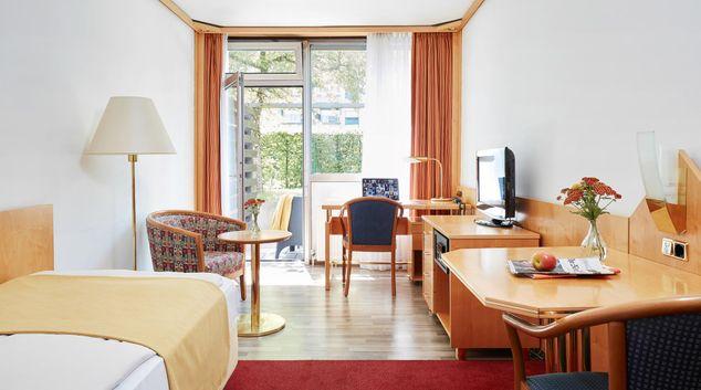 Open-plan at Living Hotel Deutschen Museum Apartments, Haidhausen, Munich
