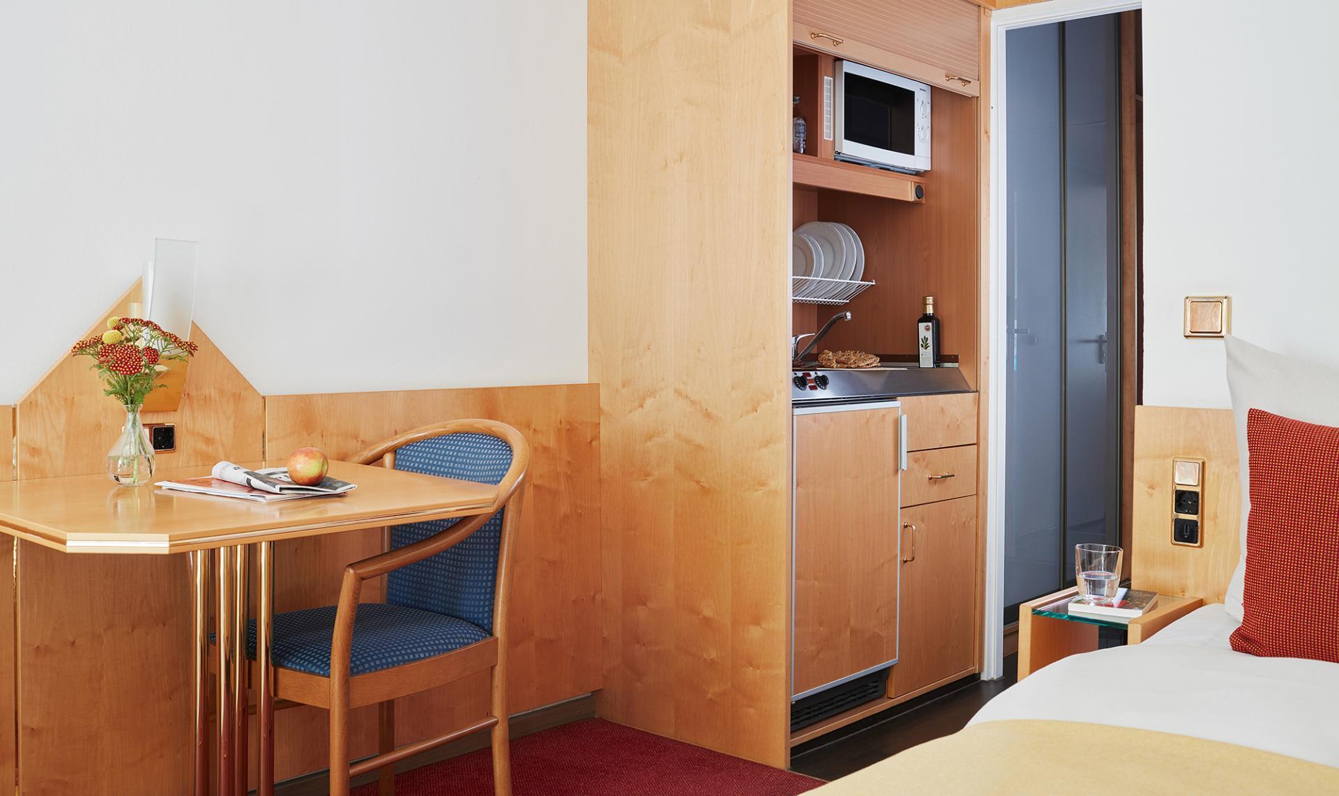 Kitchen at Living Hotel Deutschen Museum Apartments, Haidhausen, Munich