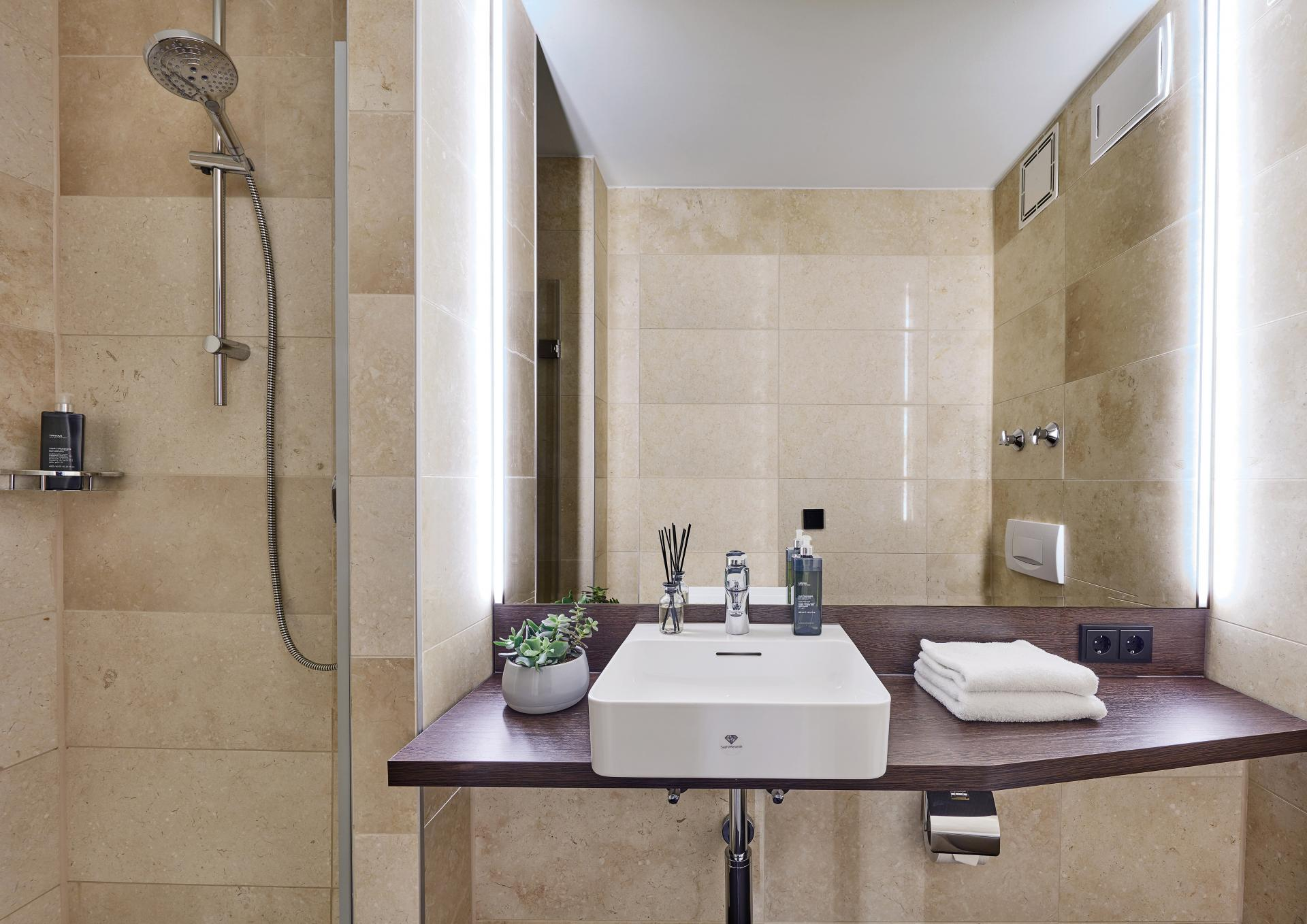 Modern bathroom at Living Hotel Deutschen Museum Apartments, Haidhausen, Munich