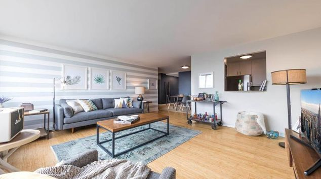 Lounge at the Kips Bay Court II Apartment