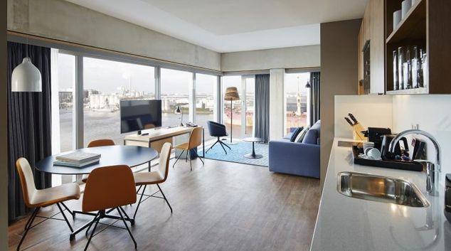 Living room at Residence Inn Amsterdam Houthavens