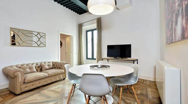 Lounge at 10 Del Basilico Apartment