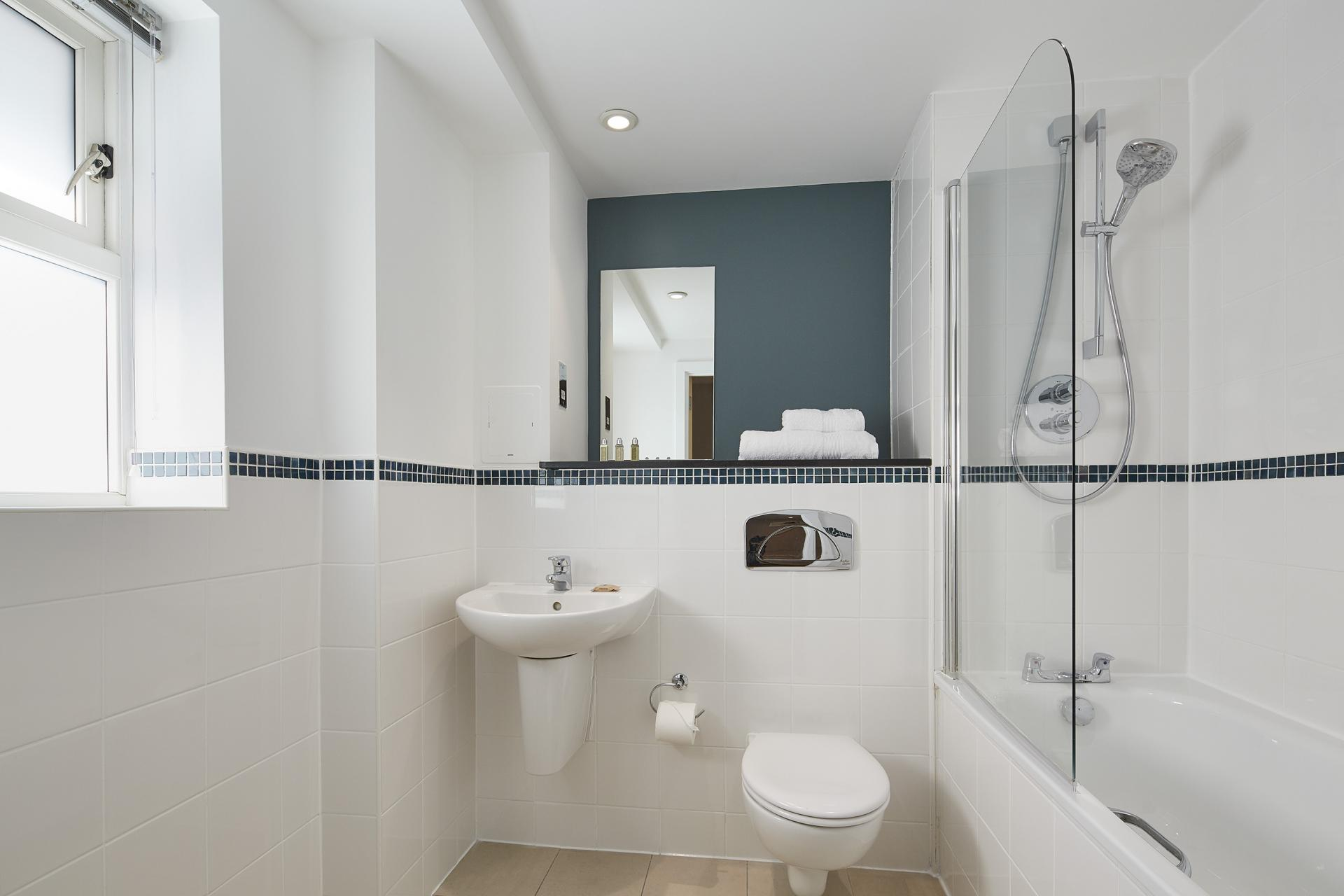 Bath at Limehouse Apartments, Limehouse, London