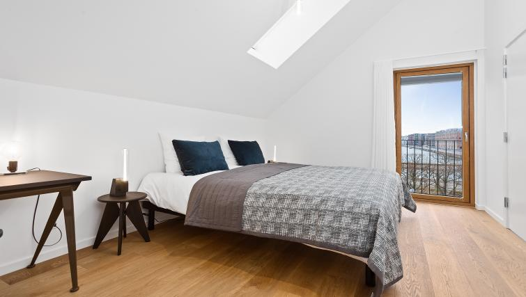 Bedding at the STAY Kastellet Apartments