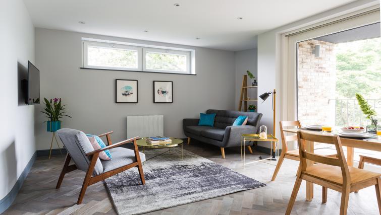 Corporate Serviced Apartments In Farnborough - SilverDoor