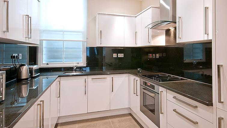 Well equipped kitchen at 20 Hertford Street Apartments