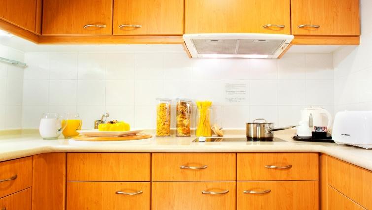 Stunning kitchen in North Point Apartment