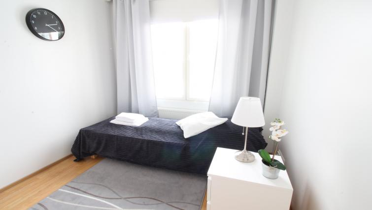 Single bed at the Lähettilääntie Apartment