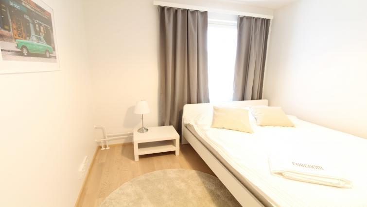 Bedroom at the Pakkalanrinne Apartment